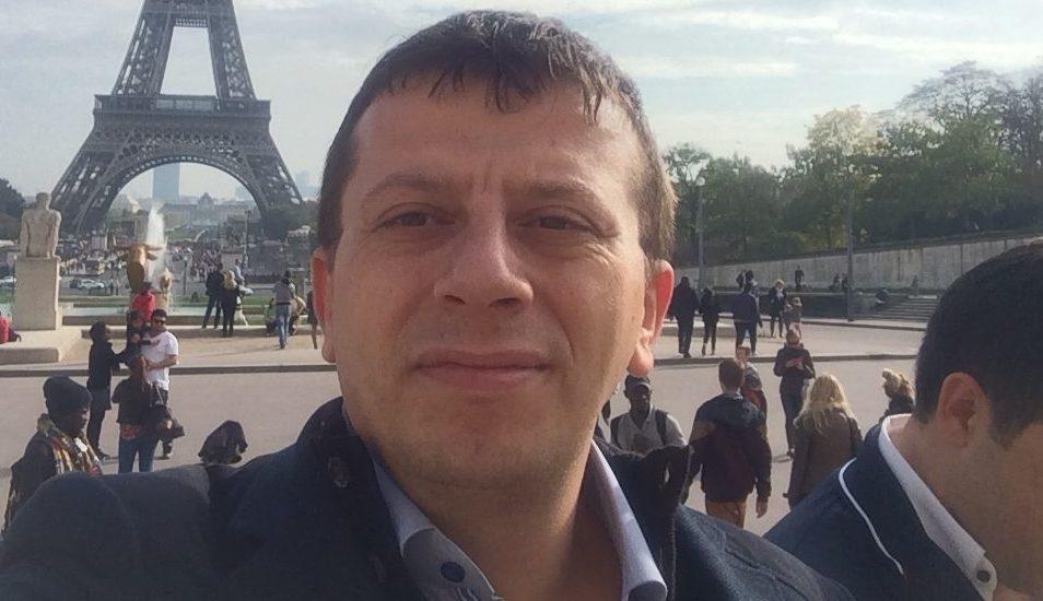 Mustafa Arif Kimdir ?